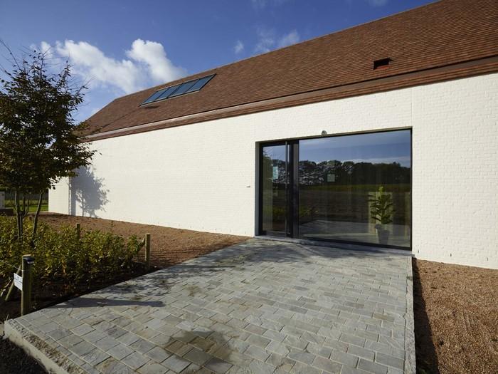 Nieuwe kijkwoning woningbouw lapeirre vereecke lieven for Bouwen en interieur